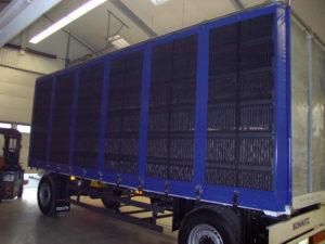 Hängerplane für Geflügeltransport